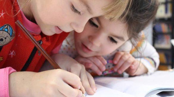 Összesen 3527 elsőst írattak be eddig a magyar iskolákba