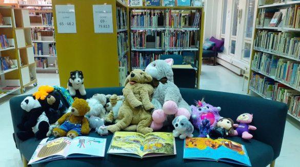 Ebben a könyvtárban éjszaka életre kelnek a játékok!