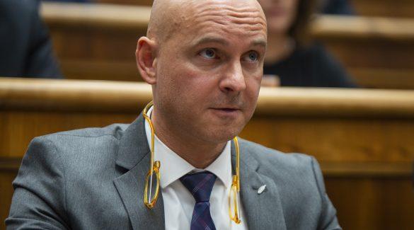 Az oktatási miniszter szerint szeptemberben lesz behozva a lemaradás
