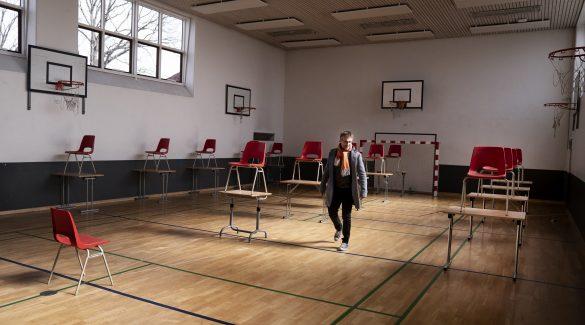 A dán kísérlet – ma újraindult a tanítás