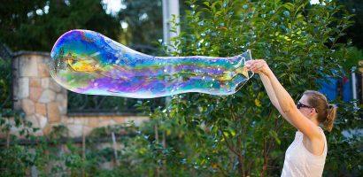 Szuperfolyadék óriás buborékokhoz
