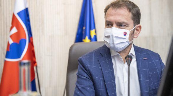 Lehurrogták a minisztert: nincs itt a második hullám, nem kell karantén