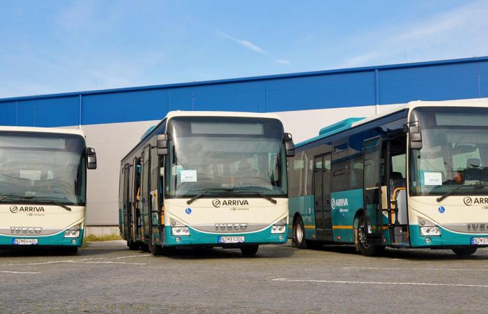 A nyitás után ismét ingyen utazhatnak a gyerekek a városi buszokon