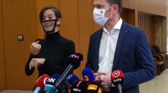 Matovič: Nem szabad hiú reményeket kelteni az iskolák megnyitása kapcsán