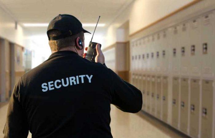 Iskolaőrség fogja biztosítani a tanárok védelmét Magyarországon