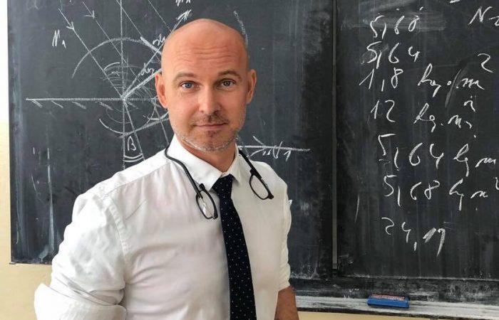 Vége a sok papírmunkának és bürokráciának az iskolákban – ígéri a miniszter
