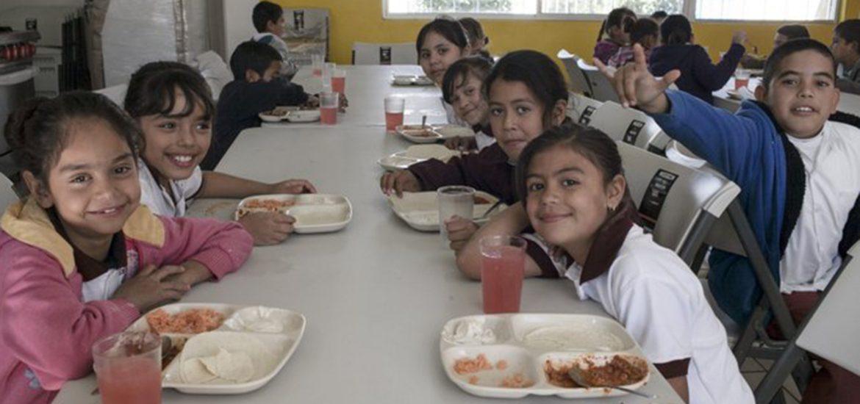 """Mexikó egyik államában tilos gyereknek """"palackozott mérget"""" adni"""