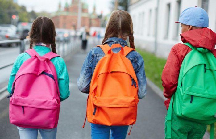 Változás: a héten még minden szülő gyereke mehet iskolába, ha van tantermi oktatás