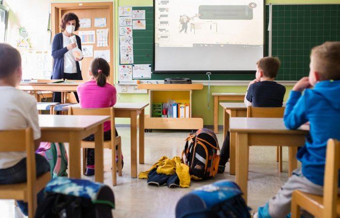 Iskolák és COVID-19