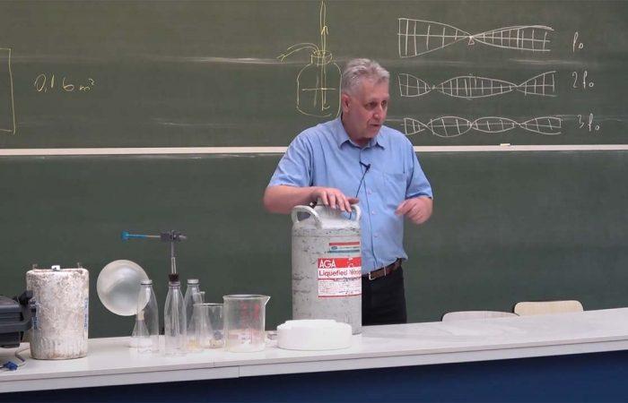 Härtlein Károly: Nem élhetek fizika nélkül
