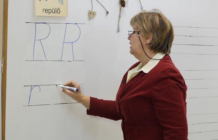 Távtanítás – A nyomtatott betűk: R, r