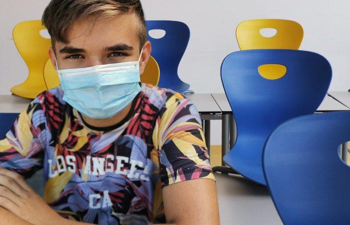 Szlovákiában a szülők 41%-a oltatná be a gyerekét koronavírus ellen